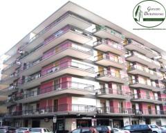 Taranto - Appartamento ben tenuto in Via Campania