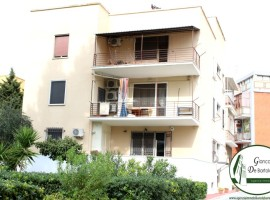 Taranto - Appartamento con posto auto in Via Magnaghi