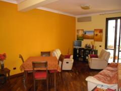 Taranto - Appartamento rifinito in Via D. Peluso