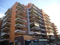 Taranto - Appartamento in Via Salinella (zona Bestat)