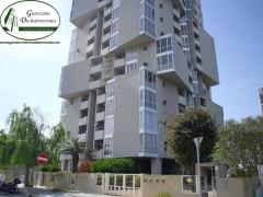 Taranto - Appartamento in Via Filonide (palazzo a cubi)