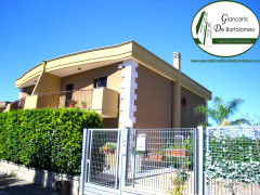 "Taranto - Splendida villa nel residence ""I Dioscuri"""
