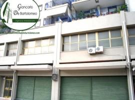 Taranto - Locale in Via Salina Piccola (zona Sestante)