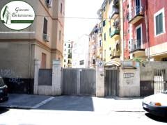 Taranto - Appartamento con posto auto in Via Calabria