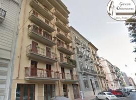 Taranto - Appartamento prestigioso in Via Pitagora