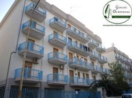 Taranto - Appartamento in Via Istria nei pressi di Via Ancona (75 mq)