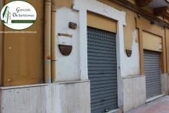 Taranto - Locale commerciale in Via Leonida