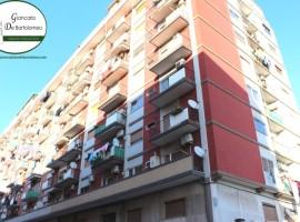 Taranto - Appartamento con vista mare in Via Orsini
