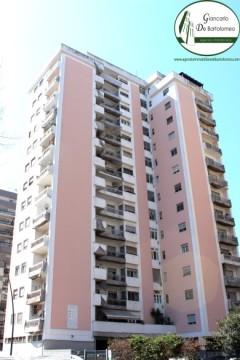 Taranto - Appartamento rifinito in Viale Magna Grecia