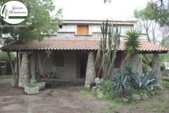 Lama - Villa indipendente con giardino e dèpendance in Via Triremi