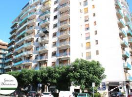 Taranto - Appartamento ammobiliato in Via Campania