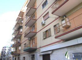 Taranto - Appartamento mobiliato in Via Genova ang. Viale Magna Grecia