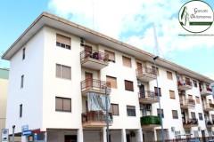 Taranto - Appartamento con posto auto in Via Venezia