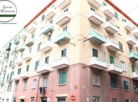 Taranto - Appartamento in Via Principe Amedeo