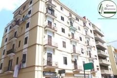 Taranto - Locale commerciale in Via Cesare Battisti
