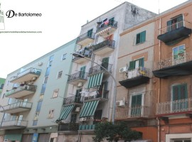 Taranto - Appartamento con vista mare in Via Galeso