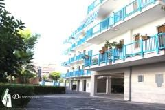 Taranto - Ampio appartamento con posto auto in Via Dalmazia