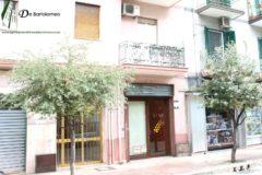 Taranto - Locale commerciale in Corso Italia nei pressi di Viale Liguria