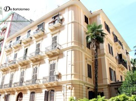 Taranto - Appartamento prestigioso in Via Regina Elena