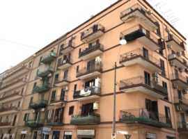 Taranto - Appartamento in Via Zara