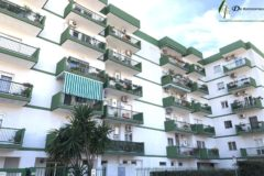 Taranto - Appartamento con posto auto in Via Medaglie d'Oro