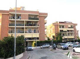 Taranto - Appartamento con giardino in Via Attica