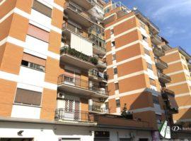 Taranto - Appartamento in Via Fiume