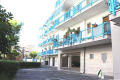 Taranto - Appartamento con posto auto in Via Dalmazia