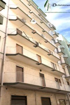 Taranto - Appartamento in Via La Spezia