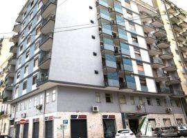 Taranto - Appartamento in Via Pupino ang. Via Pitagora