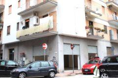 Taranto - Locale commerciale in Via Solito ang. Via Elio