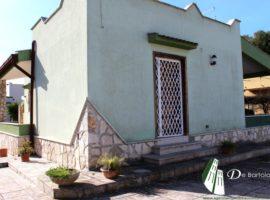 Pulsano Marina - Villa indipendente in Via Luogovivo (pressi Baia d'Argento)