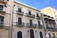 Taranto - Ufficio e/o studio prestigioso in Via Crispi (85 mq)