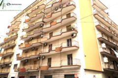 Taranto - Appartamento in Via Leonida