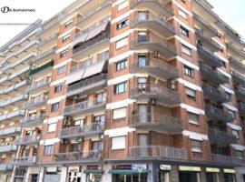 Taranto - Appartamento in Via Ugo De Carolis ang. Via Umbria