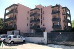Taranto - Appartamento con box in Via Carlo di Donna