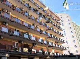Taranto - Appartamento con posto auto in Via Terni