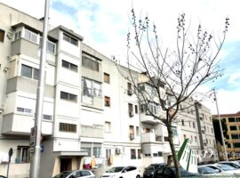 Taranto - Appartamento con cantinola in Via Lago di Como