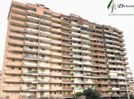 Taranto - Appartamento con posto auto in Via Etolia