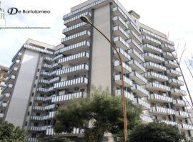 Taranto - Appartamento con posto auto in Via San Roberto Bellarmino