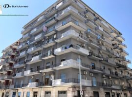 Taranto - Appartamento in Via Nettuno ang. Via Argentina