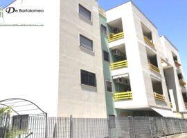 Taranto - Appartamento con box in Via Raffaele Leone