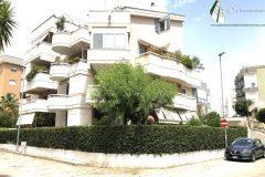 Taranto - Appartamento con posto auto e cantinola in Via Lago di Cecita