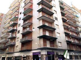 Taranto - Appartamento in Via Generale Messina ang. Vico San Giorgio